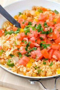 Quick and Easy Mediterranean Rice Recipe – This Vegan Rice Dish can be made in less than 20 minutes if you have leftover rice or even quinoa