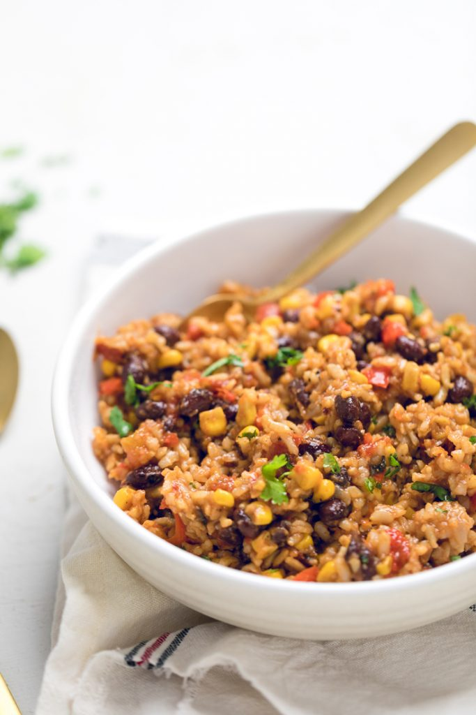 This Vegan Instant pot Tex-Mex rice is a super easy vegan instant pot dinner that you've been craving. Comes together in just minutes!  Gluten free, oil free option, top 8 allergen free!