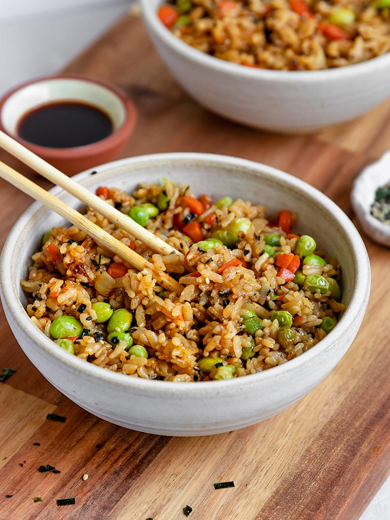 A delicious hibachi style fried rice with added edamame for protein!