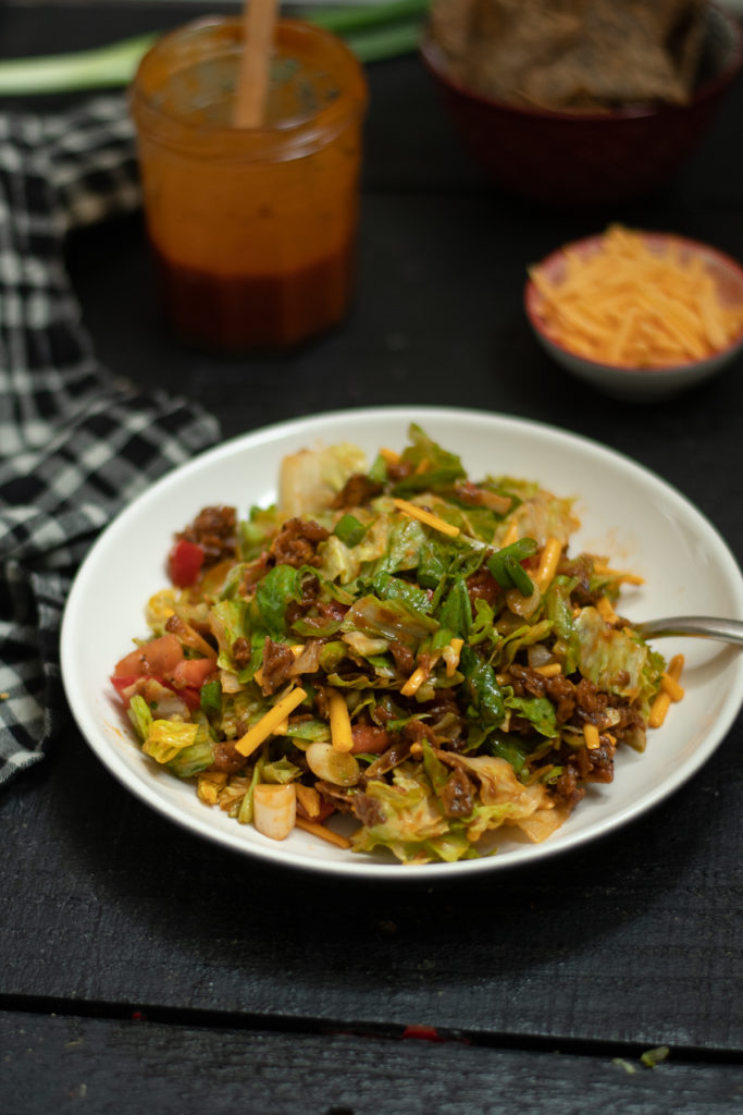 Vegan Taco Salad served with a delicious homemade catalina dressing. #salad #vegan #catalina #dressing #recipes #dariyfree