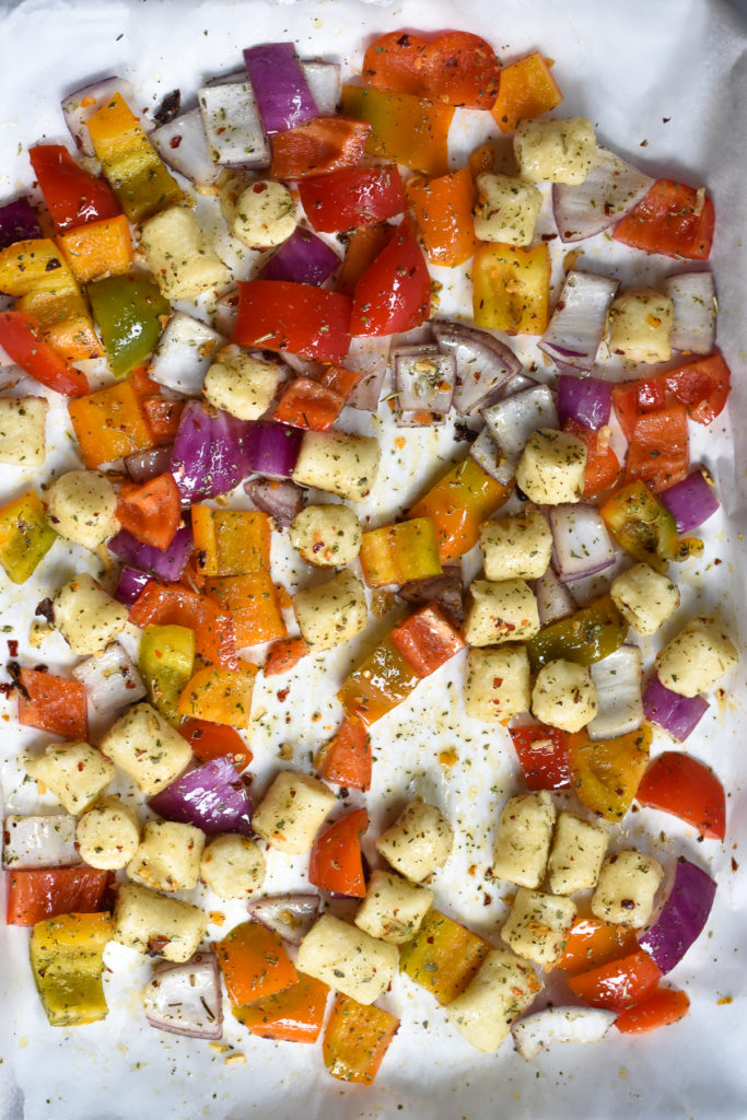 How to make roasted cauliflower gnocchi with vegetables.
