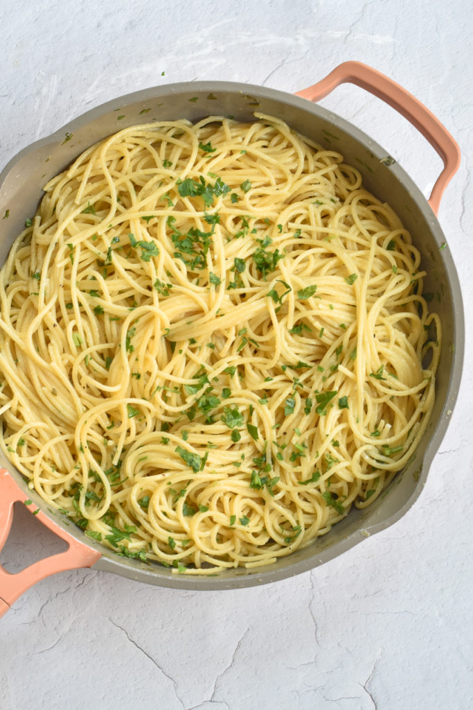Made with fresh lemon juice, zest,  garlic, parsley and olive oil this Easy Lemon Spaghetti recipe is perfect for a quick weeknight meal.